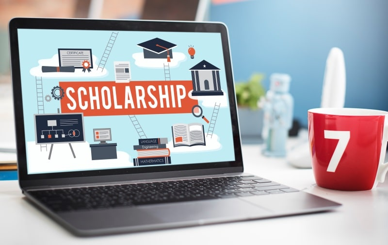 How to Apply for Scholarship in UK Universities?
